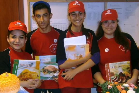 Ученици от Поморие показаха как да се храним здравословно