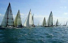 В пристанище Бургас започва месецът на ветроходните спортове