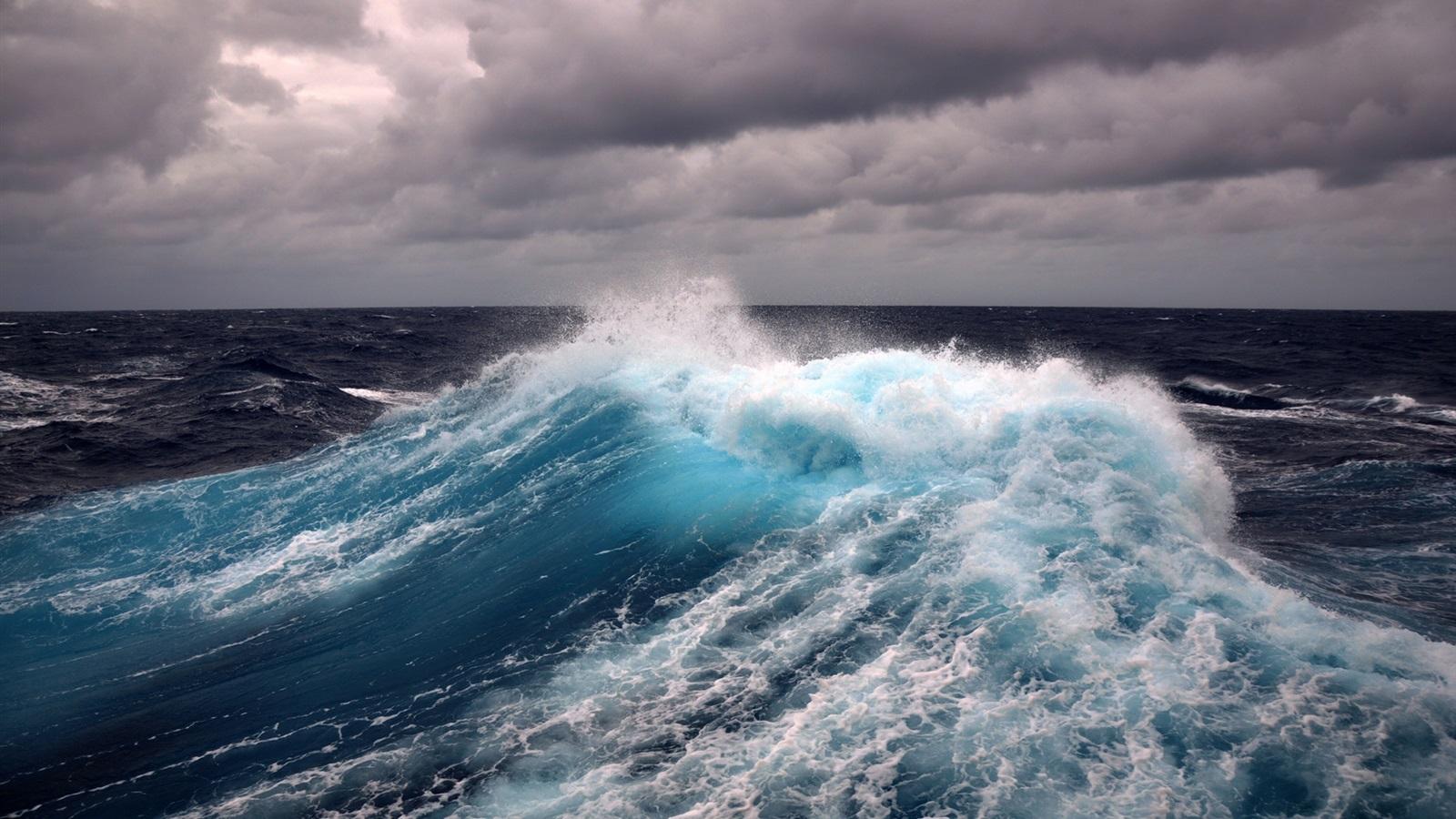 Мъж се удави на к-г Черноморец