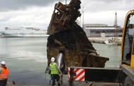 Извадиха останките от кораба