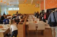 Три пъти повече дечица се хранят в училищните столове