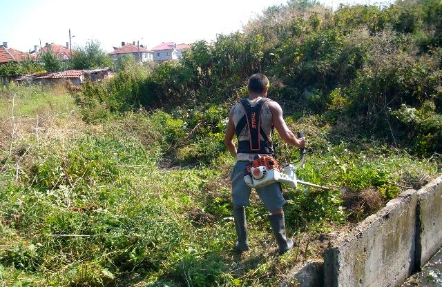 Масовка за почистване на речните корита в общината