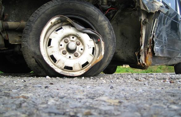 Микробус с деца катастрофира край Търново, няколко са леко ранени