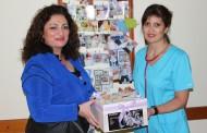 20 години по-късно – майка благодари с дарение на неонатолозите в МБАЛ Бургас