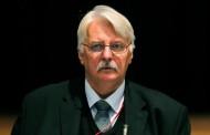 Полски министър натири сирийските бежанци -трябвало да освобождават страната си