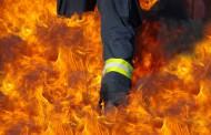 Микробус с туристи пламна в Каблешково