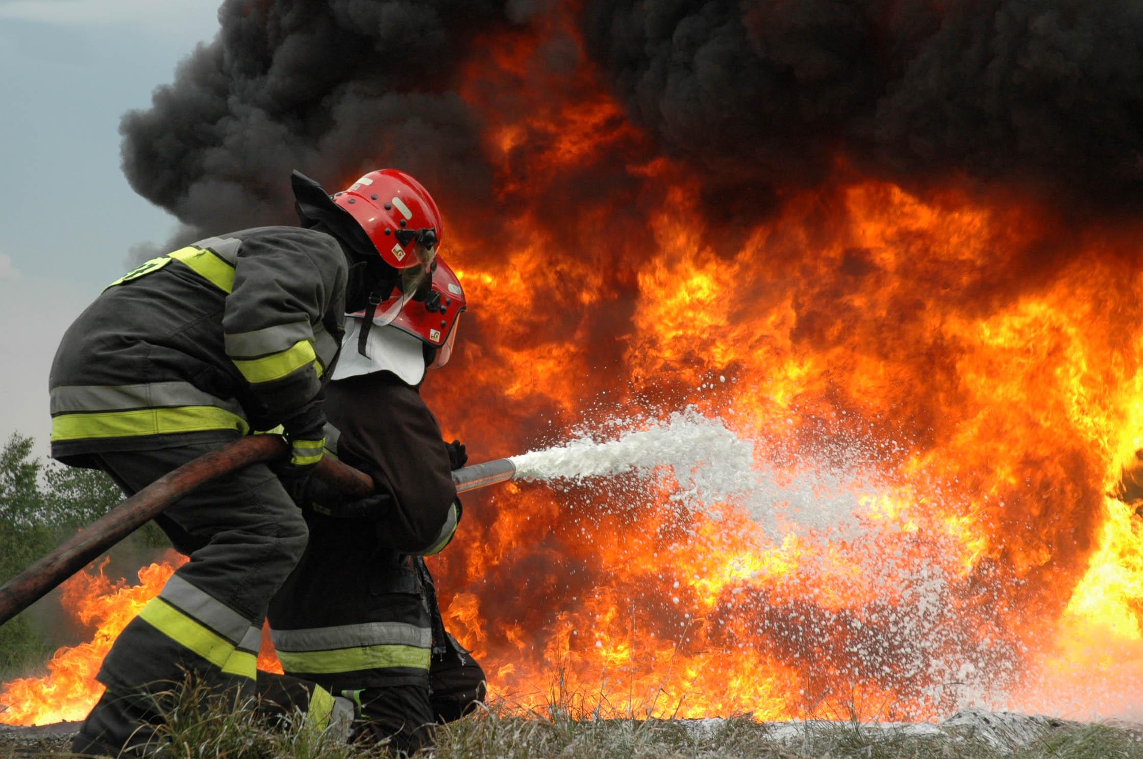 Бунгало изгоря в Черноморец, няма пострадали