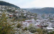 Дъждец в Бургас, в Котел - снежец /снимки/