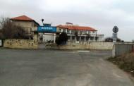 Кметът на Поморие пита Каракачанов какво става с Военния санаториум, 119 дни не работи