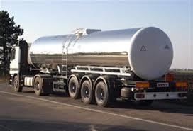 Цистерна с ацетилиен се обърна до Петолъчката, няма изтичане на газ