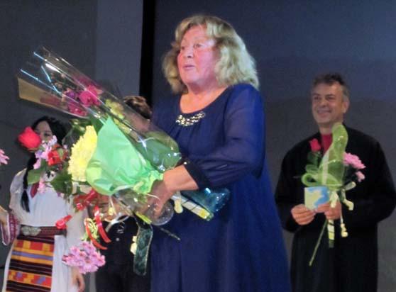 Мария Йосифова посреща в Казиното