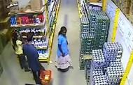 Затвориха клиенти в магазин заради откраднат портфейл