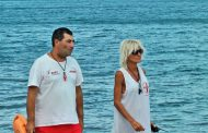 Бургаският плаж вече с обходни двойки спасители до края на септември/снимки/