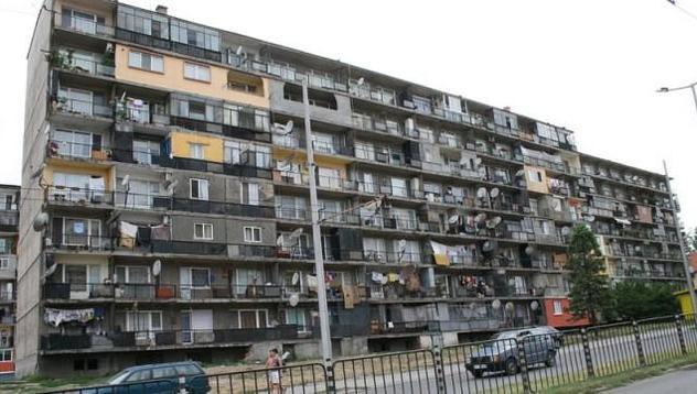 След дъжд качулка - забраниха намесата в архитектурния вид на сградите