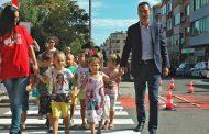 Боядисват пешеходни пътеки до училища в Бургас /видео/