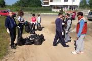 Приморско посреща туристическия сезон с пролетно почистване