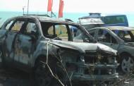 Взрив от запалени автомобили предизвика паника на плажа в Сарафово /видео/