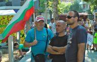 Бургаските полицаи на протест: Искаме по-високи заплати, 4000 души напуснаха системата на МВР  /галерия/