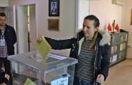 И в Бургас гласуват за турския референдум /видео/