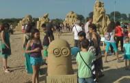 Вижте любимите си филмови герои на пясъчния фестивал /видео/