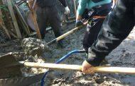 Военни помагаха за разчистването на къщите в Равнец