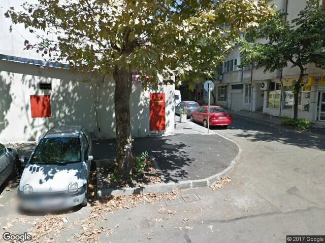 Млад мъж издъхна на улицата в Бургас