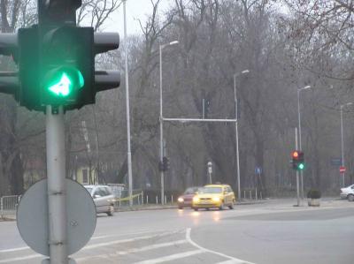 Поискаха светофар на кръстовището при