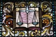 Осъдиха бургаския адвокат за подкуп